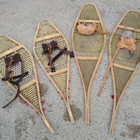 #37900 -  Anciennes raquettes à neige