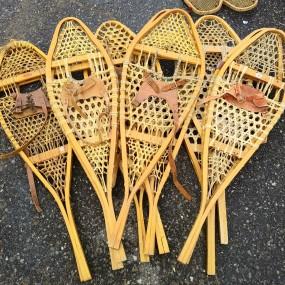 #37874 - 30$ ch. Lot de raquettes à neige