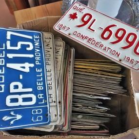 #37883 -  Lot de plaques d'immatriculation, licences
