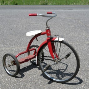 #26984 - 65$ Tricycle CCM
