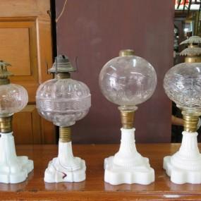 #27014 - 135$ ch. Lampes à l'huile