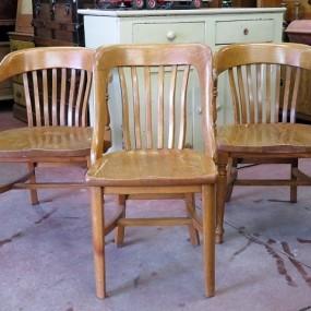 #25387 - 70$ ch. Ensemble de chaises en chêne