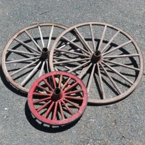#27091 - 85$ ch. Roues de voiture à cheval