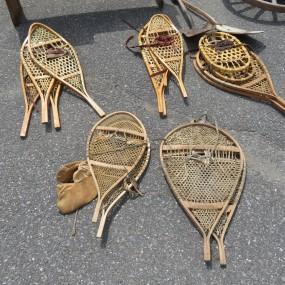 #27252 -  Anciennes raquettes à neige