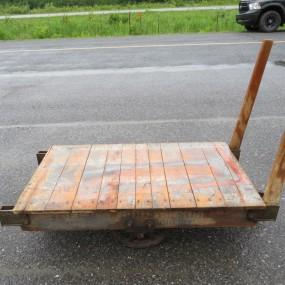 #27305 - 345$ Chariot industriel
