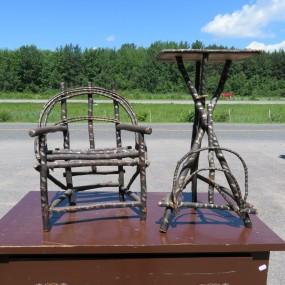 #27356 - 35$ ch Chaise et table en branche