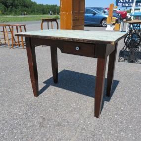 #27373 - 115$ Table avec tiroir