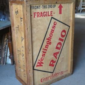 #23734 -  Boîte, caisse de radio westinghouse