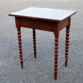 #23735 - 145$ petite table d'appoint