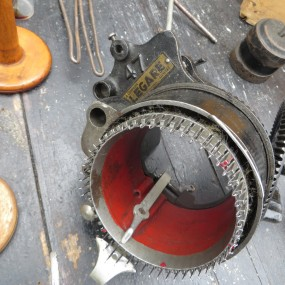 Machine à tricotter Légaré