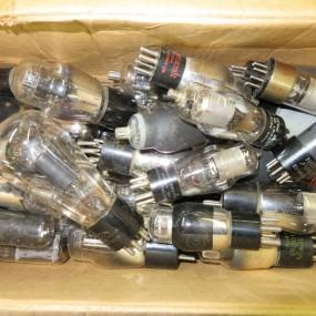 #24079 - 120$ lot de lampes pour radio ou autres