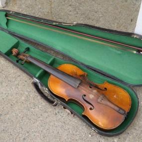 #24127 - 195$ ancien violon