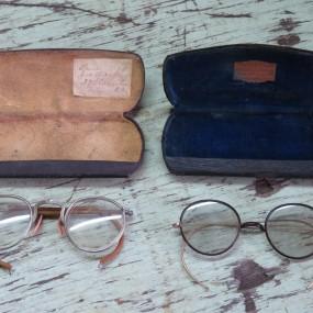 #24078 -  anciennes lunettes