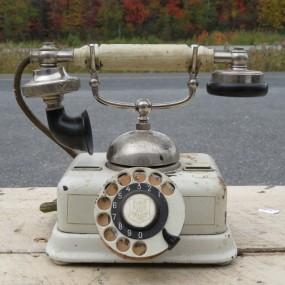#24056 - 85$ ancien téléphone