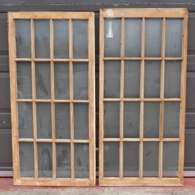 #24200 - 70$ ch. châssis, fenêtres à carreaux