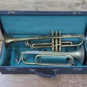 #24358 - 85$ch Instruments de musique, trompettes 85$ch