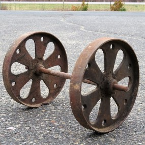 #26360 - 65$ Ensemble de roues en fonte