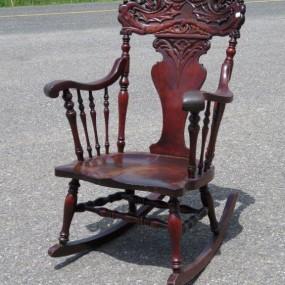 Vente d 39 objets et meubles antiques commodes tables for Chaise bercante antique