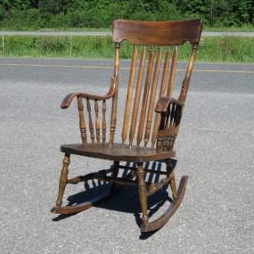 Vente d 39 objets et meubles antiques commodes tables for Chaise berceuse