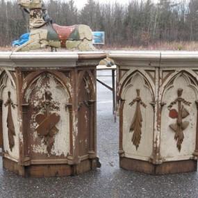 #24722 - 125$ ch. Façades de meuble d'église