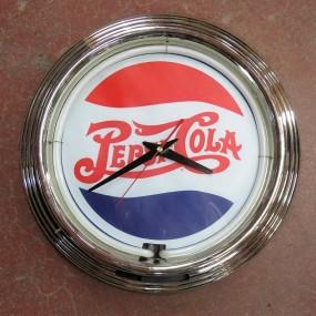 #26515 - 45$ Horloge publicitaire (reproduction à batteries)