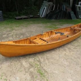 #22433 - 475$ Ancien canot