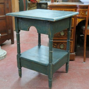 #26511 - 125$ Table, lave-main
