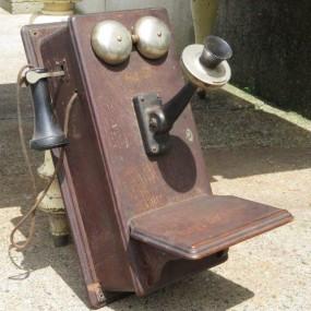Téléphone à cornet