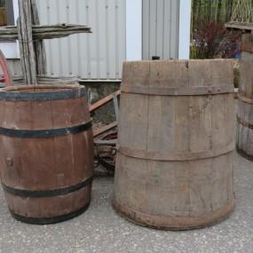 #26547 - 95$ et 165$  Anciens barils