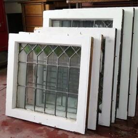 #24947 - 35$ à 55$ Stainglass windows