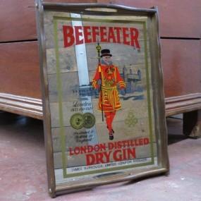 #25006 - 25$ Plateau avec miroir publicitaire Beefeater Dry Gin