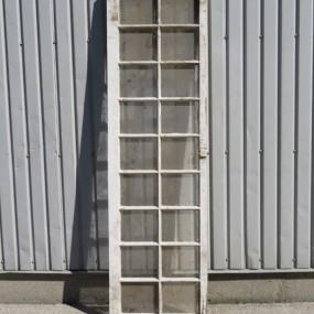 #26849 - 65$ Châssis, fenêtre à carreaux