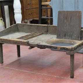 Shoemaker bench