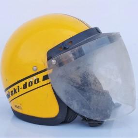 Ancien casque de ski-doo