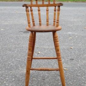 Ancienne chaise haute