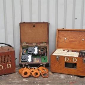 Appareils à voltage, (boîte de gauche vendue)