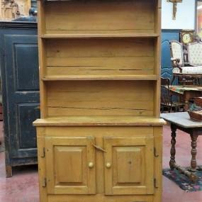 Armoire vaisselier ouvert (reproduction)