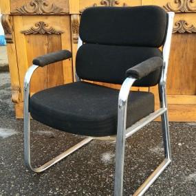 Chaise, fauteuil vintage