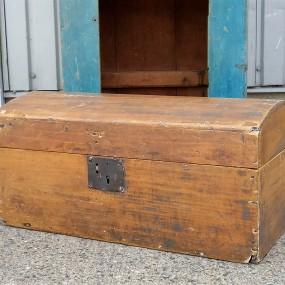 Dome top box, squre nails