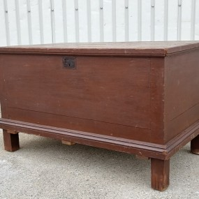 Old Quebec pine blanket box, original color