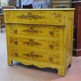 Chest of drawers, commode