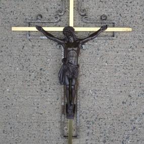 Crucifix en métal