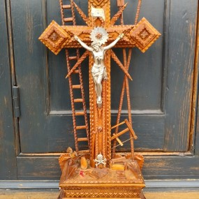 Tramp art crucifix