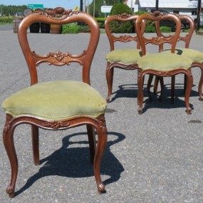 Set of 4 Victorian chairs