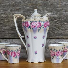 Tea dishes set