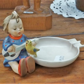 Germany figurine pottery ashtray