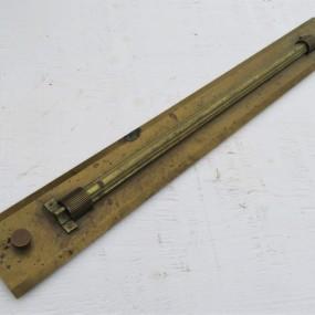 Instrument de navigation en laiton
