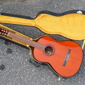 #32161 - 145$ Guitare Yamaha