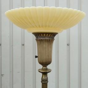 Lampe torchère