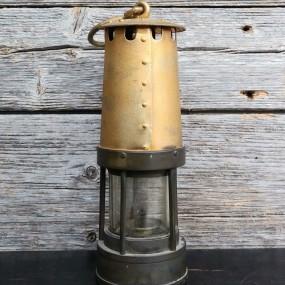 Lanterne de mineur, lampe
